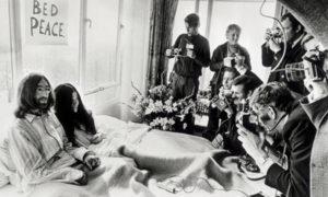 111386265 1969Dzhon Lennon i Yoko Ono 300x180 - Вена. Hotel Sacher