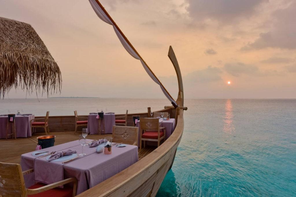 milaidhoo maldives dining batheli restaurant 4 1024x684 - Мальдивы. Свадебный сезон начался