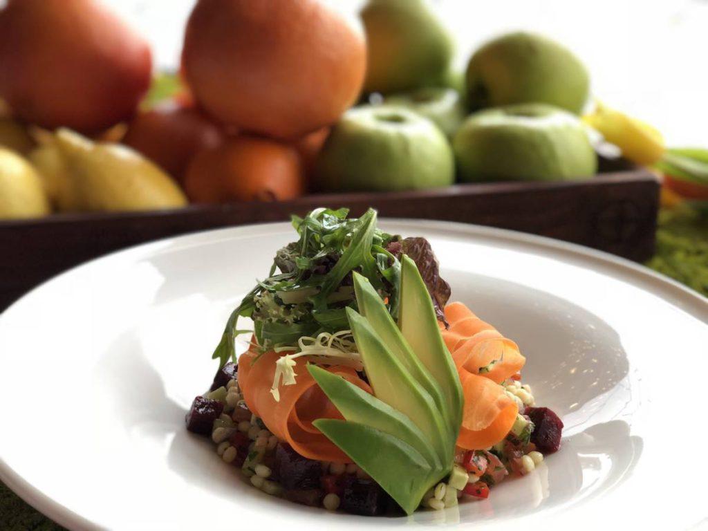 Salat s tomlenoi svekloi kumkvatom tsitrusovym kinoa  1024x768 - Великий пост. Где вкуснее