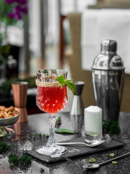 conservatory bar ararat park hayatt moscow