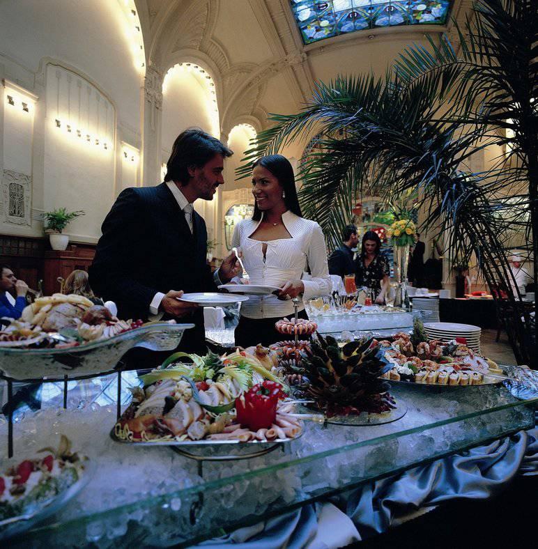 Brunch in Europe restaurant - Санкт-Петербург. Пасха в Гранд Отеле Европа