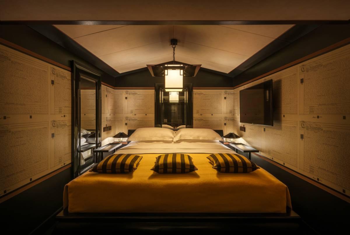 Opium Suite bedroom 7332 A4 - Сингапур. Открытие Six Senses