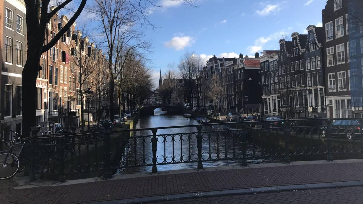 ams - Амстердам. Праздник непослушания