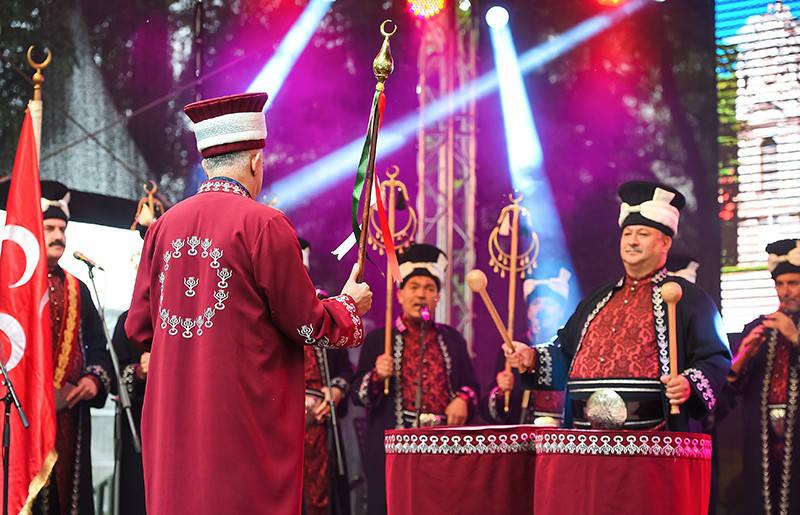 turets - Красная Пресня. Фестиваль Турции в Москве