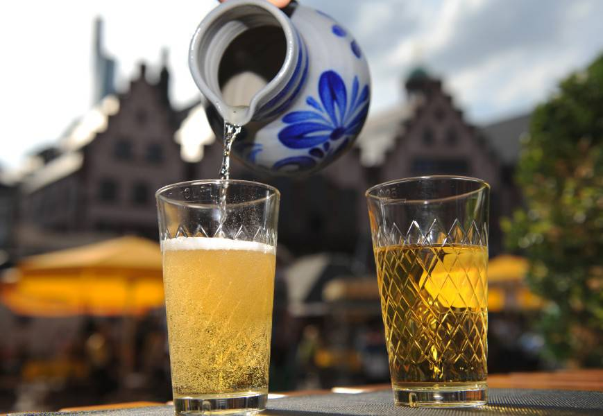 Frankfurt feiert Apfelwein mit Festival - Франкфурт. Никакого бизнеса, только личное