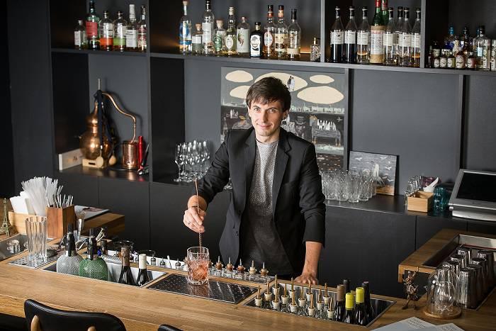 Rizovatov Roman shef barmen - Санкт-Петербург. Куда идти и что пробовать