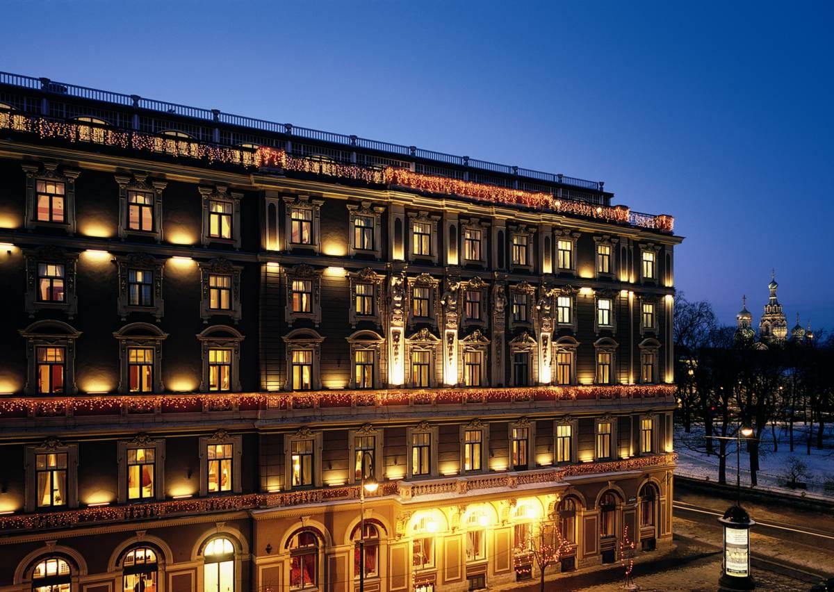 Facade at night - Санкт-Петербург. Гранд Отель Европа