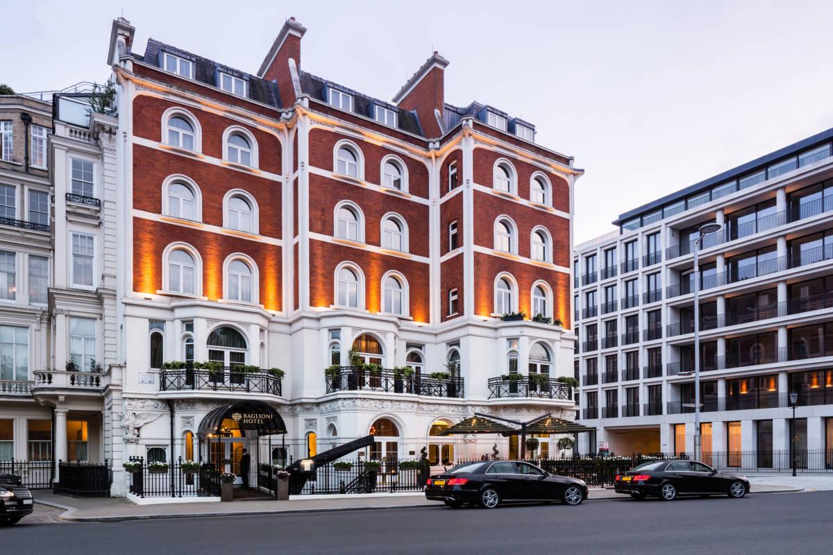 Baglioni Hotel London exterior  DiegoDePol - Baglioni Hotel London. Британская зима с итальянским акцентом