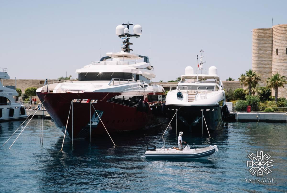 sMaGD T3 - Выставка яхт в Дубае. Yalıkavak Marina