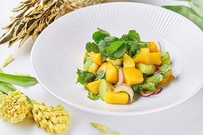 Babel salat avokado i mango - Великий пост. Где пробовать правильные блюда