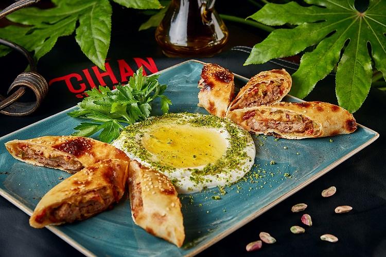 Cihan Firmenny kebab ot shefa - Лето. Что пробовать в новых ресторанах