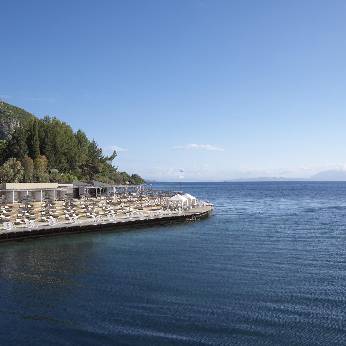 Beach sea - Корфу. Луга Посидонии