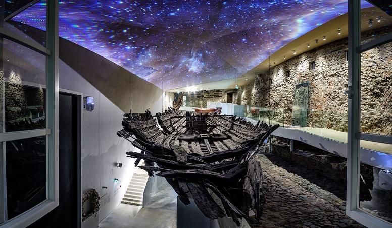 Fat Margarets interior panorama Hendrik Osula 1 - Таллин. Открытие обновленного Морского музея