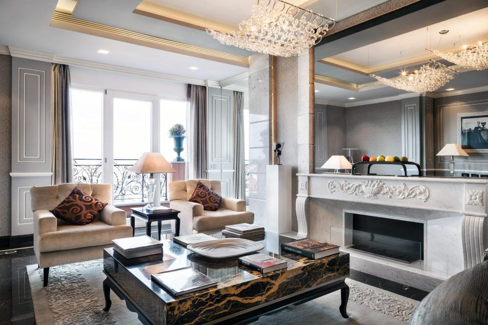 Roman Penthouse living3 Baglioni Hotel Regina e1576848722591 - Рим. Кулинарный урок с панорамным видом