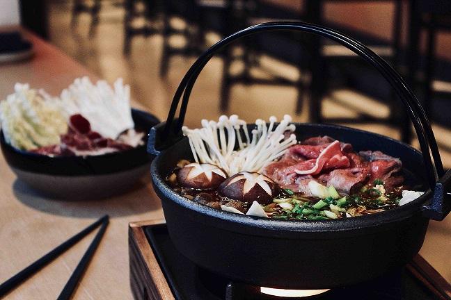 Sukiyaki 1 - Рождественские каникулы. Специальные предложения ресторанов