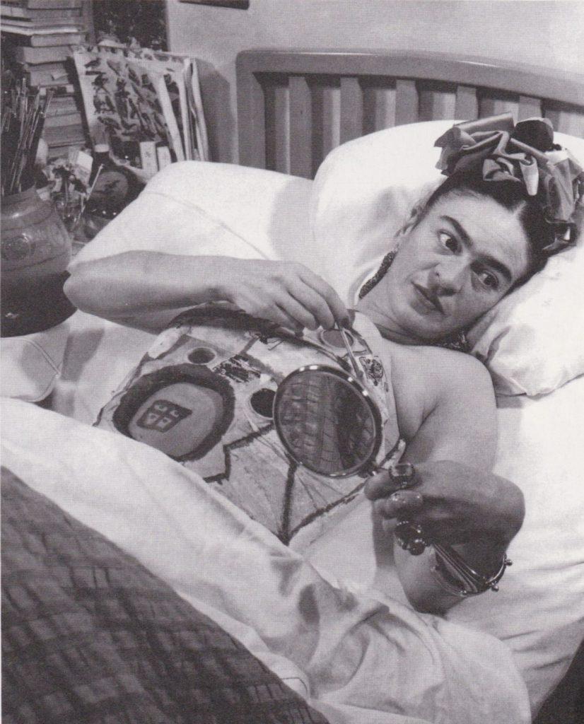 Frida Fonte artribune.com  1210x1500 826x1024 - Фрида Кало. Viva la Vida