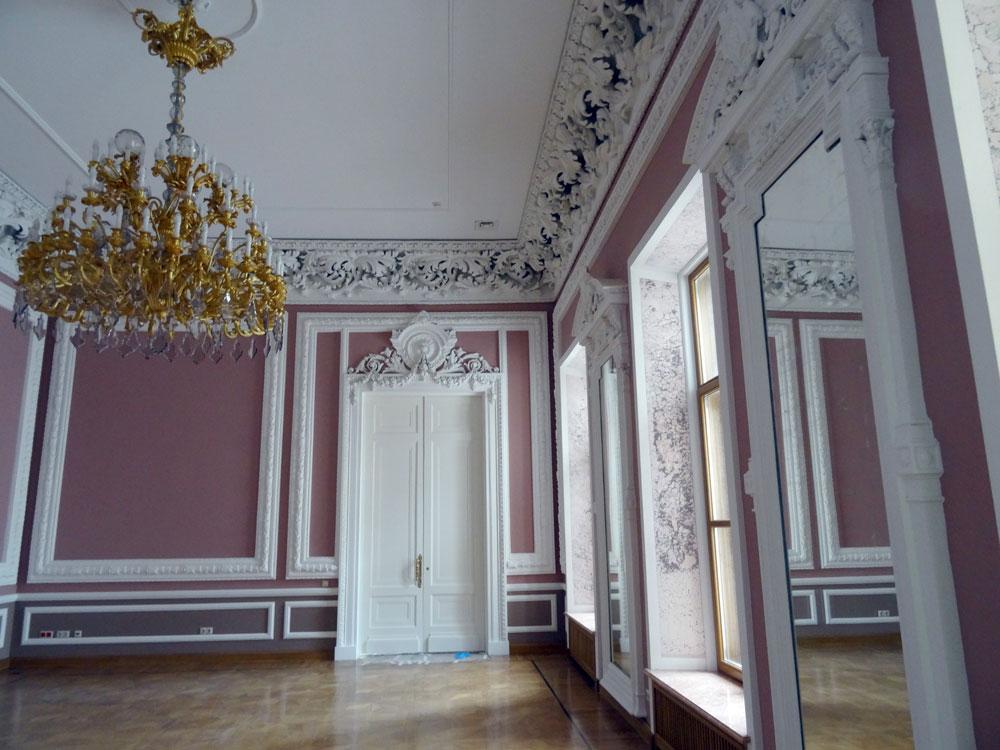 sirenevaya komnata - Дом в Леонтьевском. Здание греческого посольства