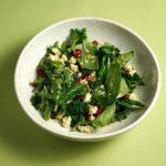 Hands Zelenyj salat s ovechej brynzoj i granatom 150x150 - Phobia_Salat s molodoi kapystoi i zheltym tsyplenkom