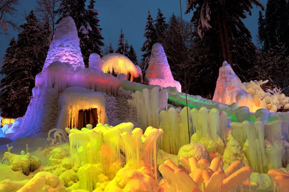 3110 - Швейцария. Ледовые дворцы на Шварцзее