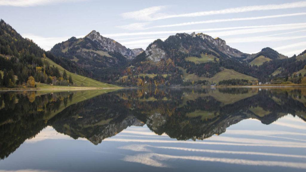 st0045560 plaffeien schwarzsee 28508 1024x576 - Швейцария. Ледовые дворцы на Шварцзее