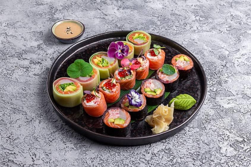 Oishii set nashimi rolly - Март. Новые предложения ресторанов