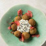 falafel s neobychnym sousom iz shhavelya i ovsyanym molokom  150x150 - Beer&Brut I Like Grill бургер с растительным мясом