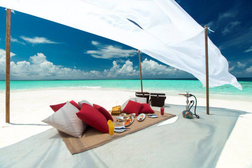 Drn HjsU8AElK2B 1024x683 - Baros Maldives. Медовый месяц навсегда