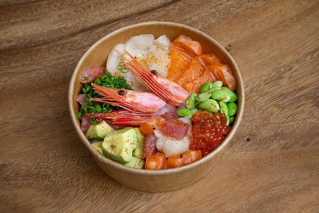 CHirashi sashimi tartar - Июль. Новое меню ресторанов Москвы