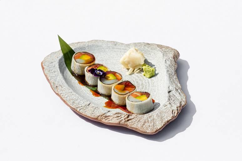 sashimi roll - Август. Новые рестораны